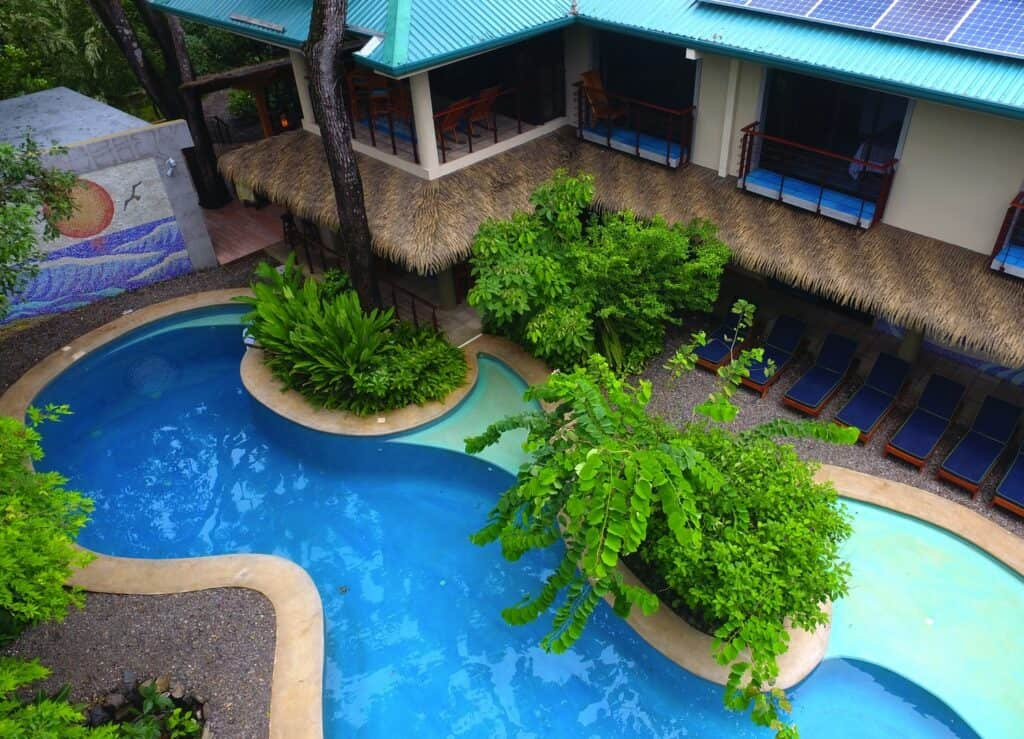 Pool at Olas Verdes
